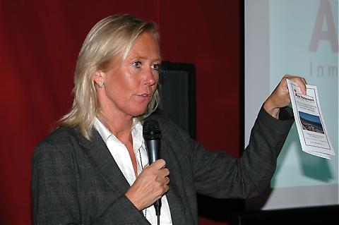 Fastighetsmäklare Åsa Pettersson ser just nu en långsam men positiv vändning på marknaden.