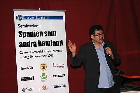 Ramón Pérez Cortéz från Soltjänsten berättade om en ny hemservicetjänst för spaniensvenskar