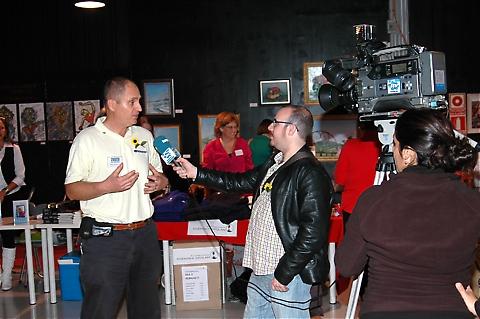 Sydkustens chefredaktör Mats Björkman intervjuades av lokal-tv.