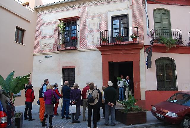 Besöket på nyöppnade Glasmuseet, Museo del Vidrio, blev för många särskilt minnesvärt då det visade sig ligga i ett vackert palats där ägaren själv tog emot och berättade om sin omfattande glas, konst- och möbelsamling.
