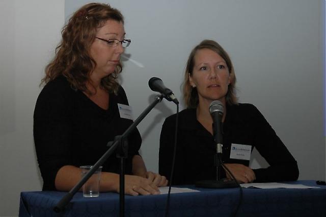 Kaas & Kirkemann informerade om försäkringsfrågor, genom Karima Törn och Karin Stribe.