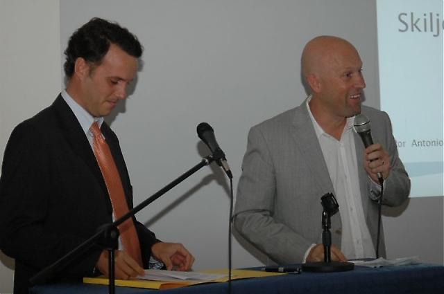 Antonio Castillo och Johannes Jonsson på IURA berättade om konsumenträttigheter.