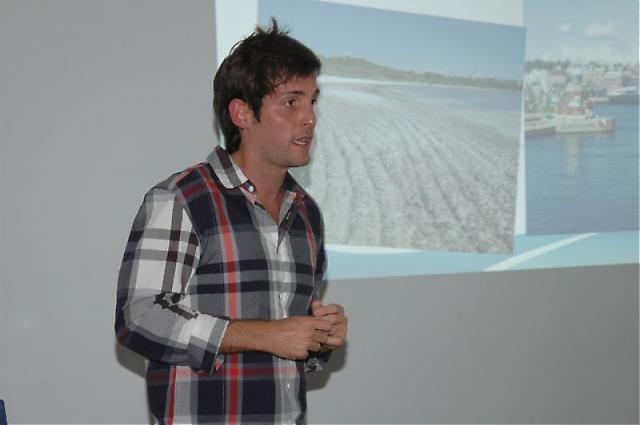 Den spanska publiken fick en introduktion till Sverige genom Marios personliga presentation och bilder.