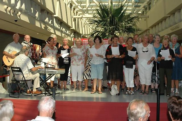 Turistkyrkans sång har blivit tradition på Svenskdagarna.