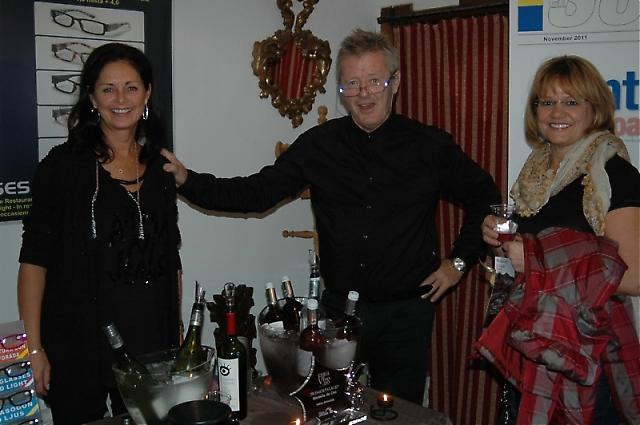 Lisbeth Jönis och Dan Olsson från Golf y Vinos stod vid entrén och välkomnade alla besökare med ett glas vin.