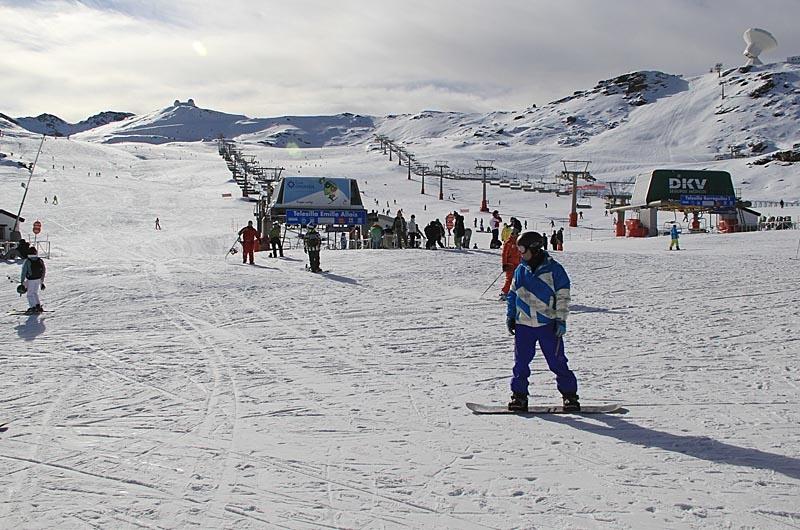 Sierra Nevada är Europas sydligaste skidort och den enda i Andalusien.