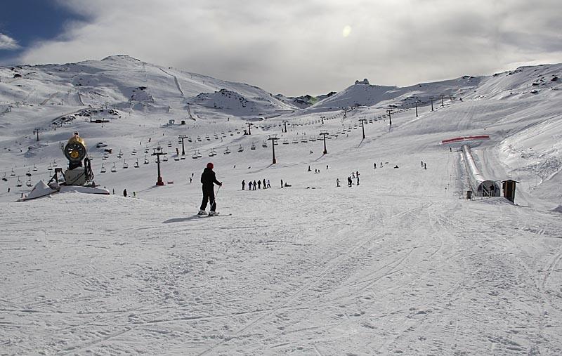 Sierra Nevada är ett populärt utflyktsmål även för icke skidåkare.