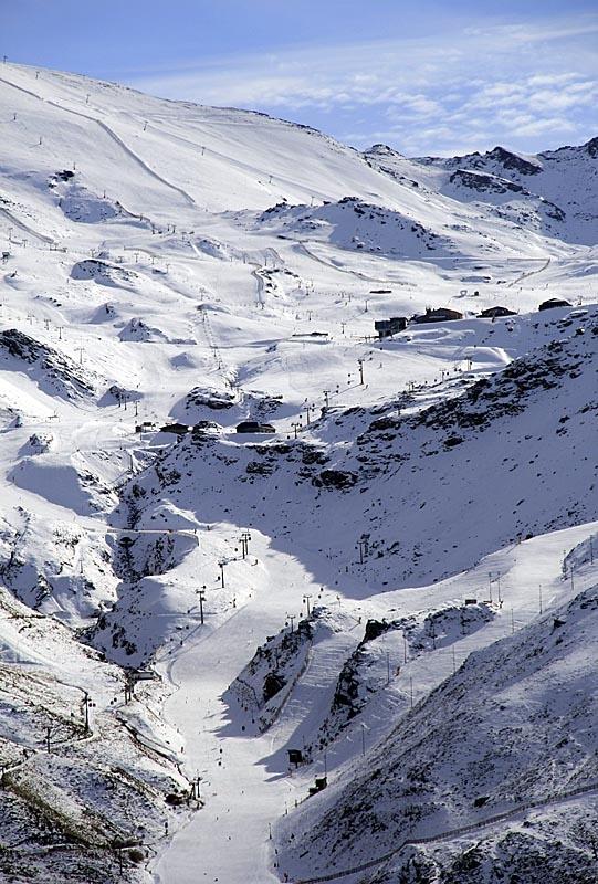 Sierra Nevada är Europas sydligaste skidort.