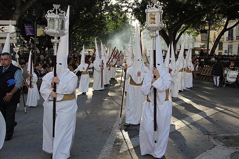 Nazarenos vid Alameda Principal.