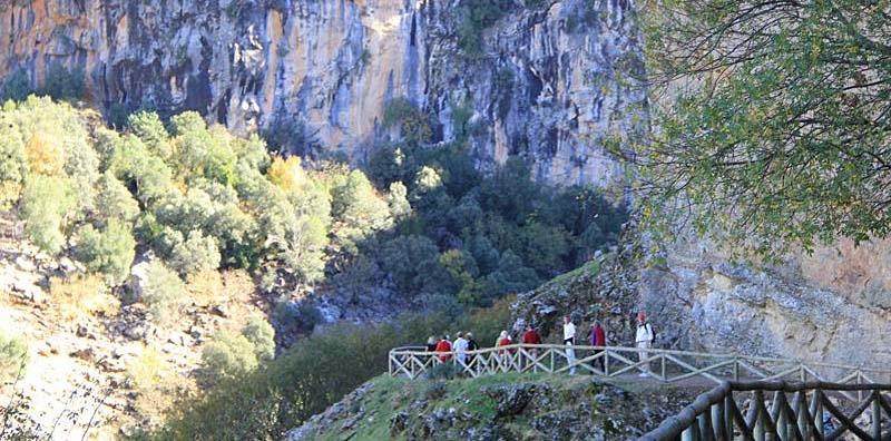 Resa till naturparken Sierras de Cazora, Segura y las Villas. Strövtåg vid Guadalquivirfloden.