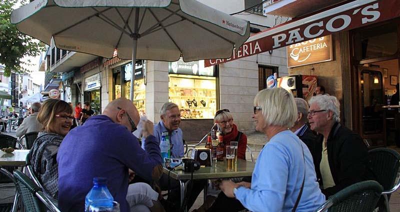 Kaffepaus i byn Cazorla.