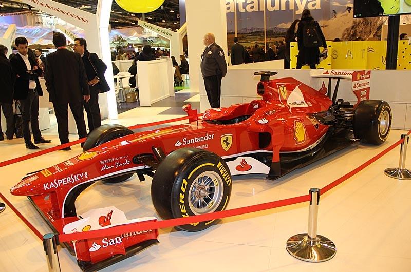 Fernando Alonsos Formel 1 Ferrari som sponsras av Banco Santander.
