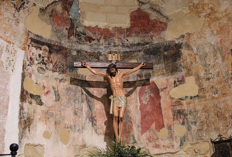 Resterna av altaret i den enda romanska kyrka som finns i Andalusien (Baeza).