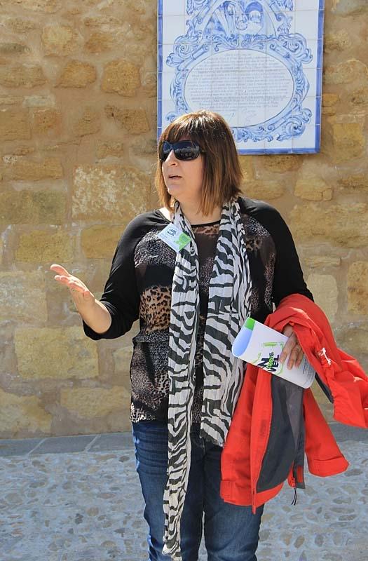 Marisol guidade i fästningen och hade även organiserat programmet för resan.