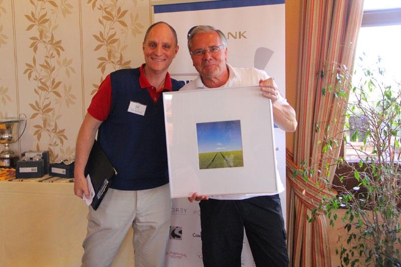 Robert Fäldt vann ett vackert naturfotografi av Dan Lindberg,