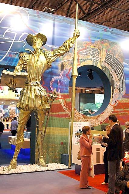 Inte oväntat profilerar sig Castilla La Mancha med Cervantes kända litteraturfigur Don Quijote.