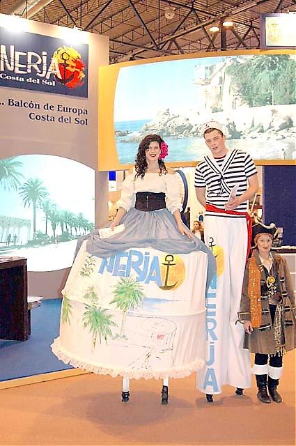 Nerja hade både stor monter och stora värdar!