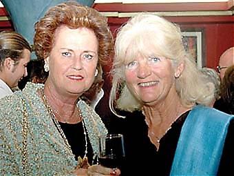 Barbro Forsström och Inger Asplund.