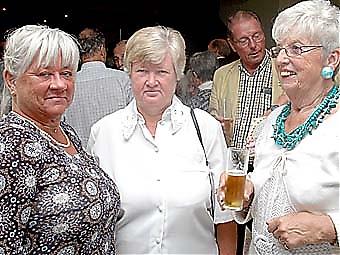 Siw Nilsson, Agneta Magnusson och Ulla Fellenius.