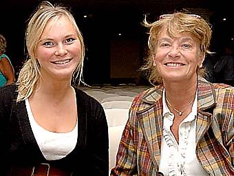Marika Andrén tillsammans med Gertie, Bosse Parneviks fru.