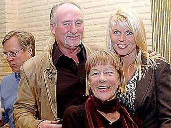 Alf och Merete Wiik tillsammans med Birgitta Terpstra.