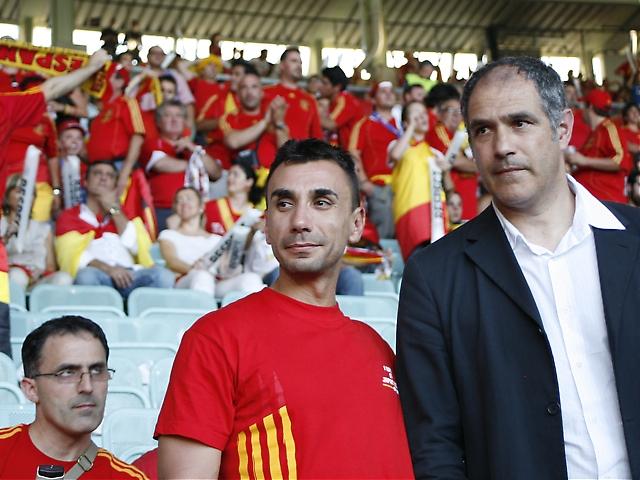 Till höger tidigare landslagsmålvakten Andoni Zubizarreta, som upplevt i första person många av Spaniens tidigare motgångar.