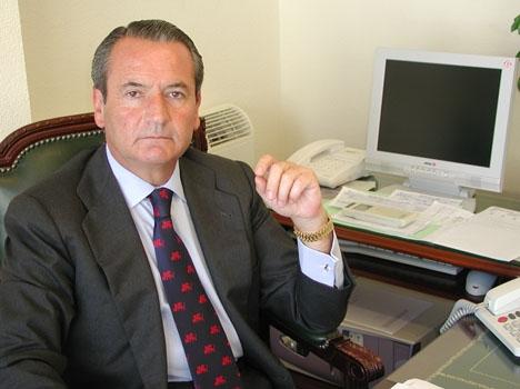 Pedro Megías Gonzalez har eget advokatkontor i Málaga och Marbella.