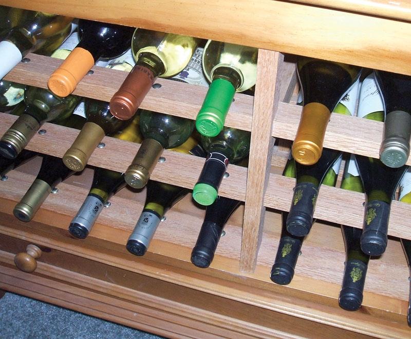 Många viner blir bättre med tiden, men inte alla och inget tål att sparas för länge. Foto: ConanTheLibrarian/flickr