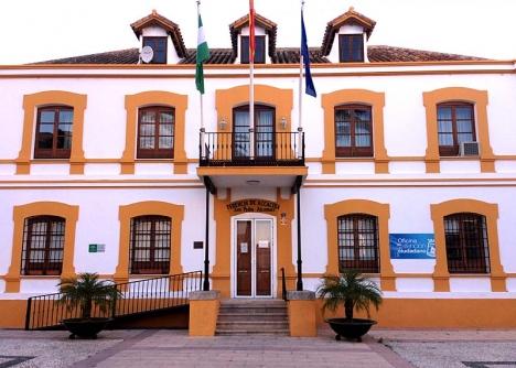 Kommunhuset i San Pedro förblir en underavdelning.