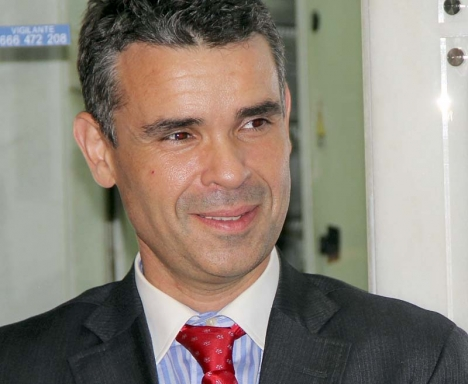 Marbellas borgmästare José Bernal lovar göra