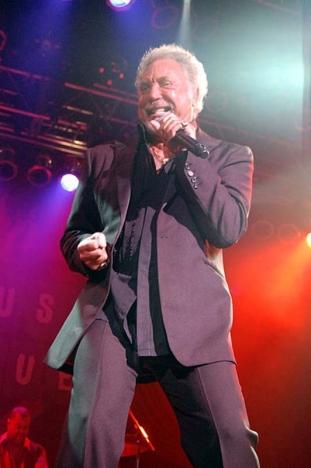 Tom Jones uppträder i Marbella 1 augusti,