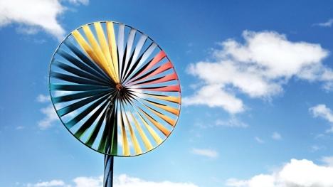 De förnyelsebara energikällorna som sol och vind beskylls för de stigande fasta elpriserna. Foto: epSos.de:Flickr