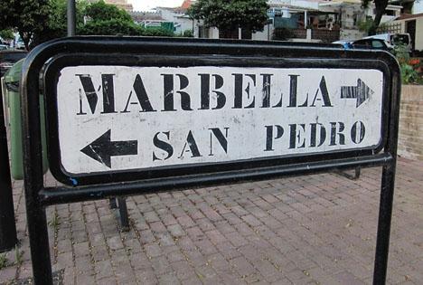 Marbella kommun fälls för två fall där allmänheten skadats av undermåligt underhåll.