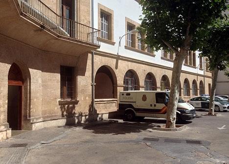 Provinsdomstolen i Mallorca, där både prinsessan Cristina och hennes make Iñaki Urdangarín förhördes.