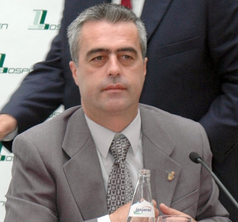Bland de nu friade finns några av dåvarande borgmästaren Antonio Barrientos (PSOE) medarbetare.