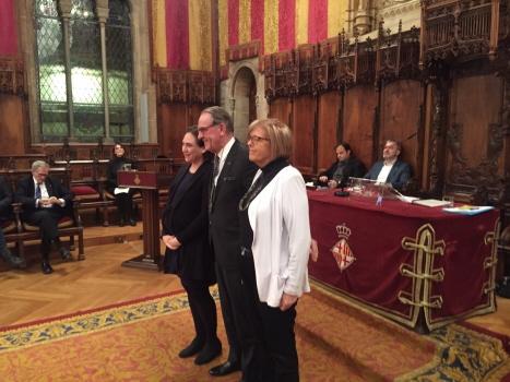Jan Eliasson mottog priset, som bär Olof Palmes namn, i rådhuset i Barcelona. Foto: Lars-Hjalmar Wide