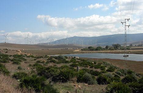 De höga elpriserna skylls bland annat brist på både vind och vatten.