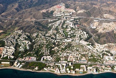 Calahonda ligger i västra Mijas, vid kommungränsen till Marbella. Foto: Sitio de Calahonda
