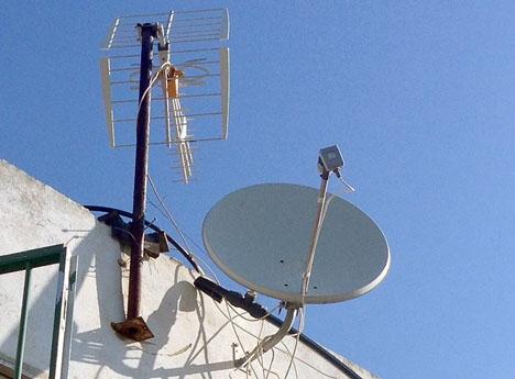 Kabel-tv bolagen har en stor målgrupp på Costa del Sol, inte minst i den brittiska kolonin.