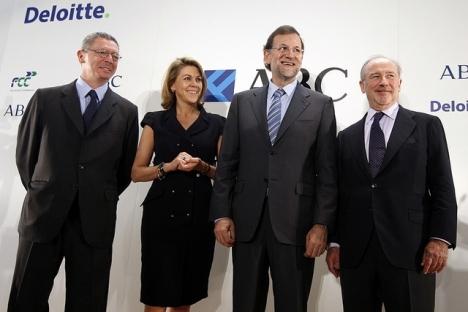 Rodrigo Rato (längst till höger) med bland annat nuvarande regeringschefen Mariano Rajoy.