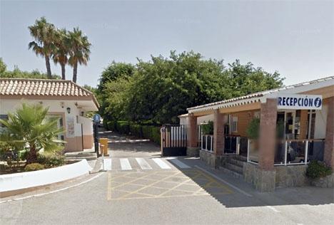 Infarten till campingplatsen La Rosaleda, där dödsolyckan inträffade. Foto: Google Maps