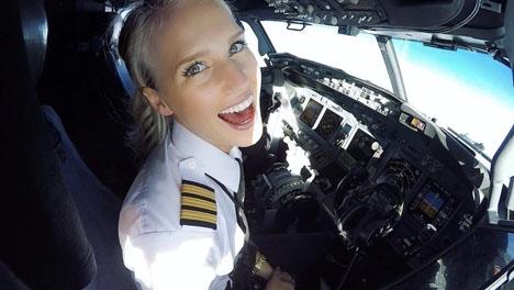 Maria Fagerström bor på Tenerife och flyger för Ryanair. Foto: Instagram