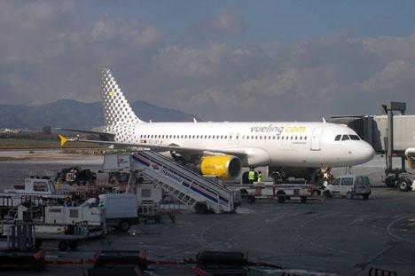 Flyget lyfte 21 februari från Málaga mot Barcelona, men nödlandade i Alicante.