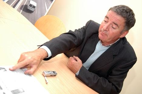 Ángel Nozal (PP) är tidigare borgmästare i Mijas och har enligt en ljudinspelning försökt muta en oppositionsledamot för att få igenom ett misstroendevotum.