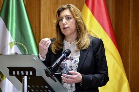 Susana Díaz kan bli ny ledare för PSOE, men med mindre än hälften av partimedlemmarna röster. Foto: Ayuntamiento Pinos Puentes/Wikimedia Commons