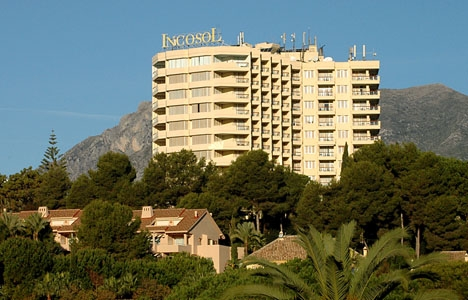 Hotel Incosol, vid Rio Real, gick i  konkurs 2012.