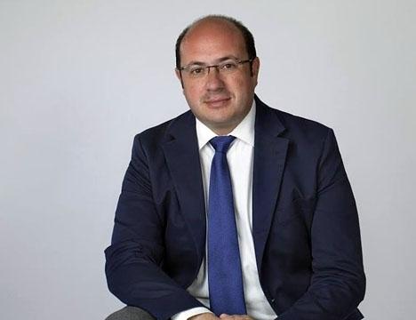 Sánchez avgår endast delvis, då han sitter kvar som regionalledamot och som PP:s ordförande i Murcia. Foto: Iscariote73/Wikimedia Commons