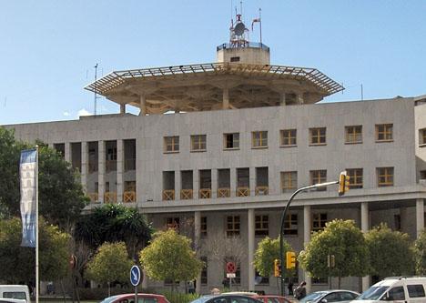 Den andre av de två misstänkta överlämnade sig själv i polishuset i Málaga.