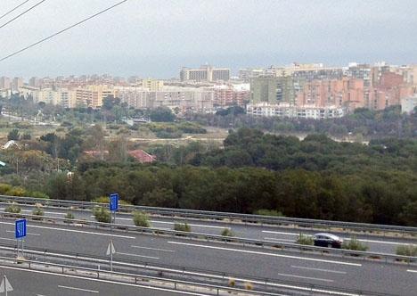 Metallpanelerna stals från motorvägen vid Torremolinos.