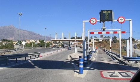 Avgiftshöjningen under högsäsong är störst till och från San Pedro Alcántara.